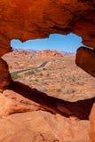沙漠偏僻的路 库存图片