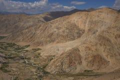 沙漠和沙子山景拉达克,印度 免版税库存图片