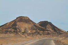 黑沙漠在埃及的撒哈拉大沙漠 免版税库存图片