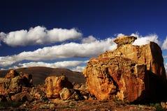 沙漠山红色石头 免版税库存图片
