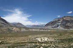 沙漠山谷在喜马拉雅山 库存照片