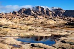 沙漠山Bektau-Ata在哈萨克斯坦 免版税图库摄影