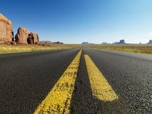 沙漠开放路 库存照片