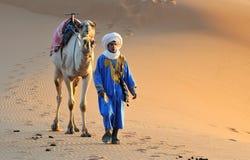 沙漠摩洛哥人场面 库存图片