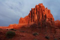 沙漠晃动日出 免版税图库摄影