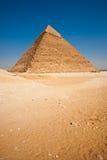 沙漠空的吉萨棉khafre金字塔垂直 免版税库存照片