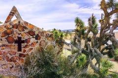 `沙漠耶稣基督公园`位于丝兰谷,圣贝纳迪诺县,加利福尼亚,美国南加州镇  免版税库存照片