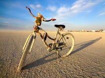 沙漠自行车 免版税库存图片