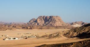 沙漠解决 免版税图库摄影