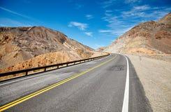 沙漠路的图片 免版税库存照片