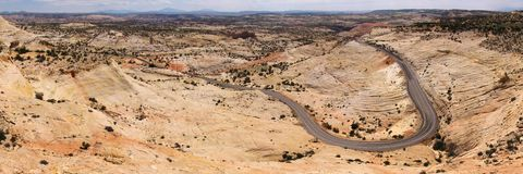 沙漠途径石头 免版税库存照片