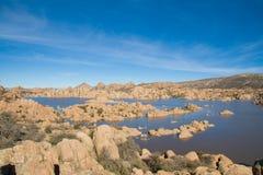 沙漠高湖 免版税库存照片