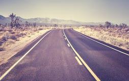 沙漠高速公路,旅行概念,美国 库存照片