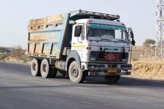 沙漠Barmer拉贾斯坦印地安人卡车 图库摄影