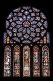 沙特尔-大教堂,污迹玻璃窗 库存照片