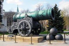 沙皇大炮在夏天。 莫斯科克里姆林宫。 图库摄影
