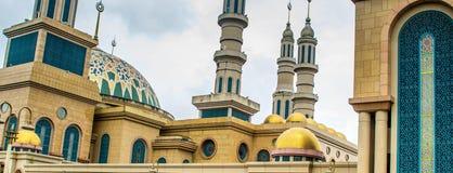 沙马林达伊斯兰教的中心清真寺,印度尼西亚 免版税图库摄影