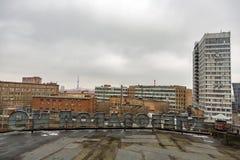 从没有机械化的面包店屋顶的看法  9在莫斯科,俄罗斯 免版税图库摄影