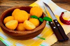没有肉的食物:土豆油炸圈饼 免版税库存照片