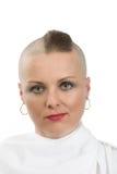 没有头发的美丽的中年妇女癌症患者 免版税库存图片