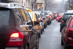 沥青汽车阻塞无缝的业务量向量墙纸 免版税库存照片