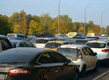 沥青汽车阻塞无缝的业务量向量墙纸 库存图片
