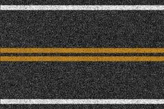 沥青高速公路与标号的路纹理 免版税库存照片