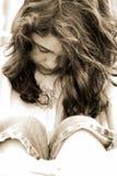沮丧的女孩哀伤青少年 库存图片