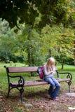 沮丧的女小学生 免版税库存照片
