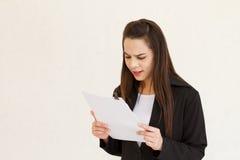 沮丧的女性商业主管 免版税库存照片
