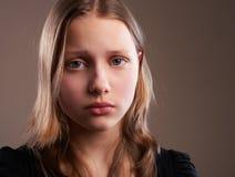 沮丧的青少年的女孩 免版税库存照片