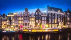 河、运河和传统老房子阿姆斯特丹 库存图片