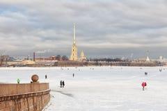 河内娃,彼得和保罗堡垒在冬天,圣徒Petersb 库存图片