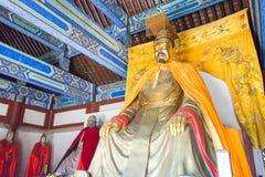 河北,中国- 2015年10月13日:在三义庙的Liubei雕象 一fam 图库摄影