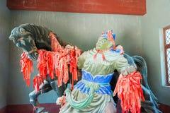 河北,中国- 2015年10月13日:在Zhangfei寺庙的雕象 一著名 库存图片