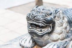 河南,中国- 2015年11月09日:在少林寺(世界的狮子雕象 免版税图库摄影