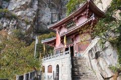 河南,中国- 2015年11月03日:Mt的Zhongyue王宫 松山 库存照片
