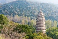 河南,中国- 2015年11月03日:Songyue塔(联合国科教文组织世界Heritag 免版税图库摄影