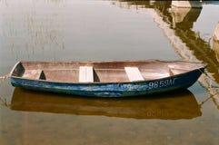 河和小船 图库摄影