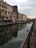 河在米兰 库存图片