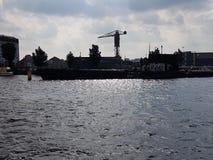 河在阿姆斯特丹,荷兰 免版税库存照片