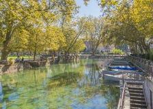 河在阿讷西 库存图片