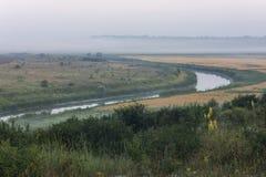 河在黎明 免版税库存照片