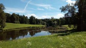 河在Pavlovsk公园 免版税库存照片