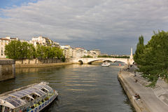 河塞纳河巴黎法国 免版税库存图片