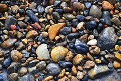河小卵石 免版税库存图片