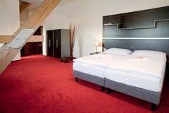 河床卧室双旅馆豪华 图库摄影