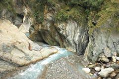河床和岩石风景顶视图  免版税图库摄影