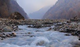 河床Vandam Chay 村庄Vandam Gabala 阿塞拜疆 免版税库存照片