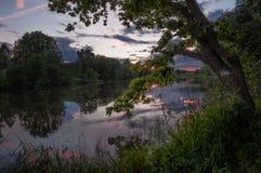 河晚上 库存图片